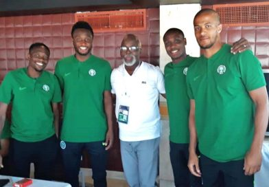 Pinnick asks Super Eagles to win AFCON